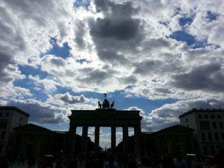 Brandenburg_Gate_Clouds